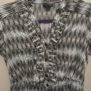 Patterned business top